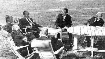 Ανάμεσα στον Καγκελάριο Βίλυ Μπραντ και τον Πρόεδρο Τίτο