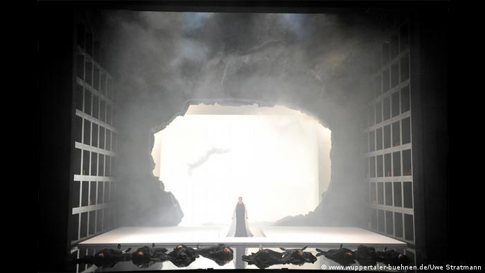 Wuppertaler-Bühnen Oper Tosca EINSCHRÄNKUNG