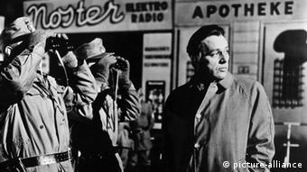 «Ο κατάσκοπος που γύρισε από το κρύο» με τον Ρίτσαρντ Μπάρτον, 1965