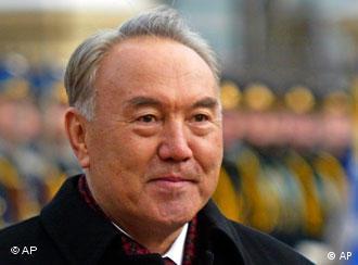 Präsident Nursultan Nasarbajew - tobt in seinem Umfeld ein Machtkampf?