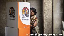 Wahlen Mosambik 15.10.2014 Wahlurne Stimmabgabe