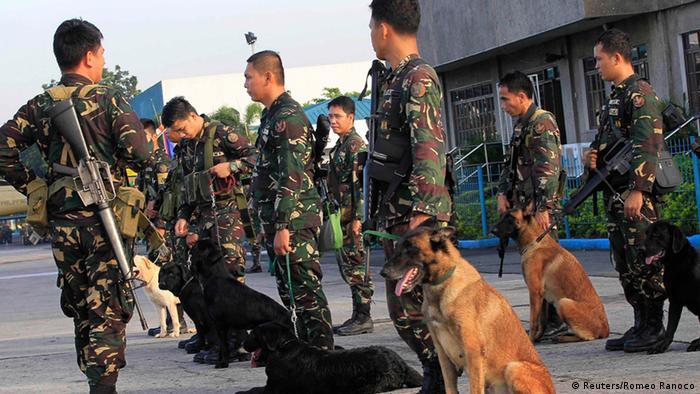 Philippinische Soldaten Suche nach deutschen Geiseln 07.10.2014