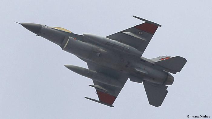 Ein Kampfjet der ägyptischen Luftwaffe (Archivbild)