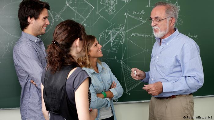 Symbolbild Lehrer und Schüler