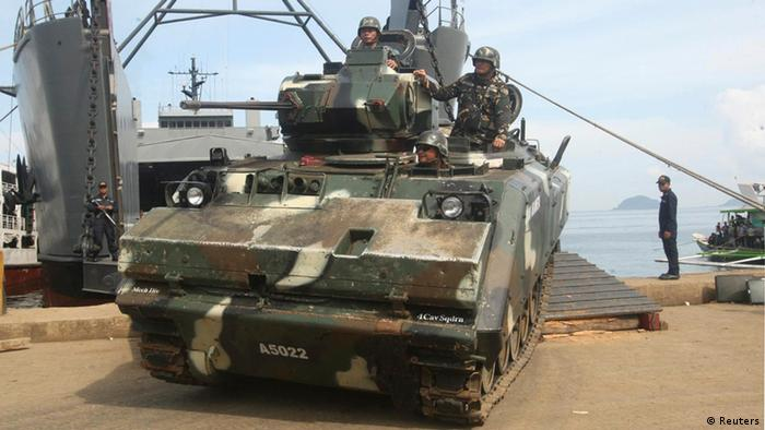 Philippinische Soldaten Suche nach deutschen Geiseln 16.10.2014