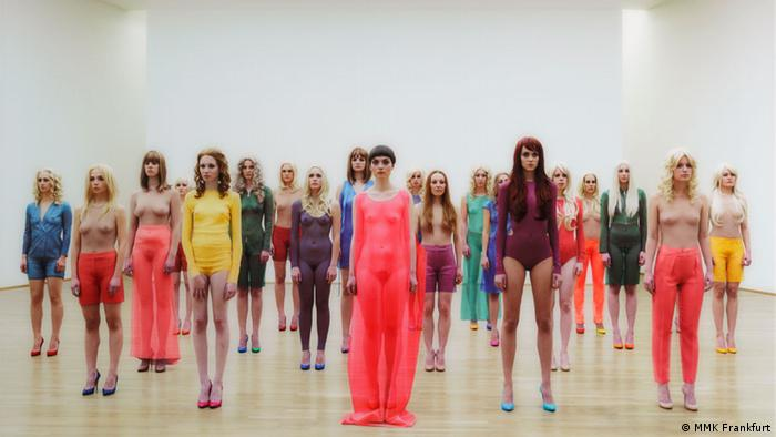 Vanessa Beecroft, VB 68, 2011