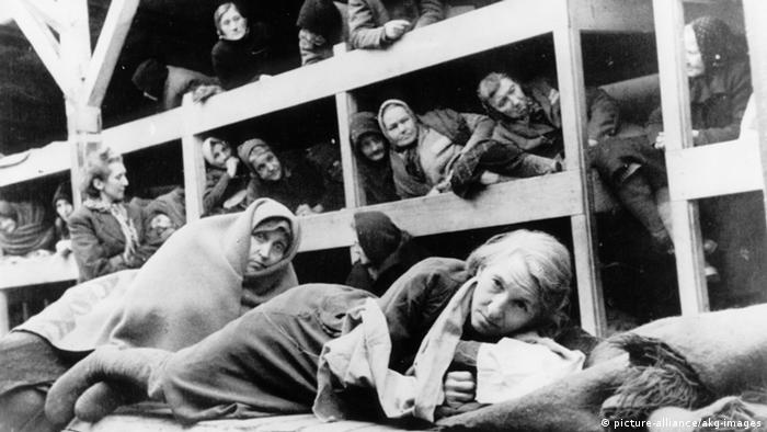 Кадър, заснет след освобождаването на концентрационния лагер Аушвиц