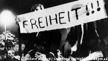 DDR - Wende - Montagsdemonstration in Leipzig 1989