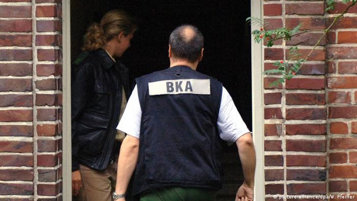 Symbolbild BKA Durchsuchung Festnahme