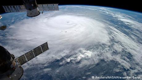 Hurrikan Gonzalo über Atlantischem Ozean 17.10.2014 (Reuters/NASA/Alexander Gerst)
