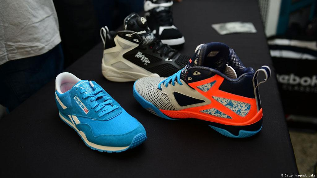Elegante Me preparé Arancel  Investor group sets sights on Adidas′ Reebok | Business| Economy and  finance news from a German perspective | DW | 20.10.2014