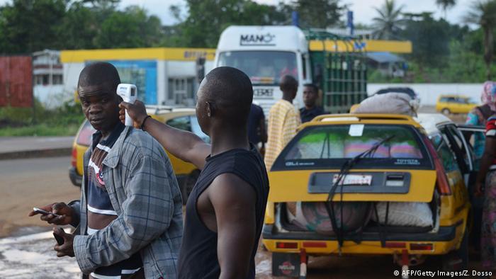 Ebola Grenzkontrolle in Sierra Leone