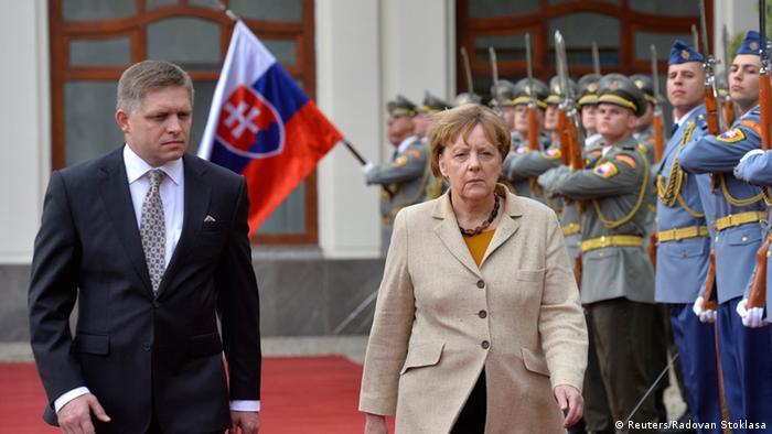 Ангела Меркель и Роберт Фицо на встрече в Братиславе