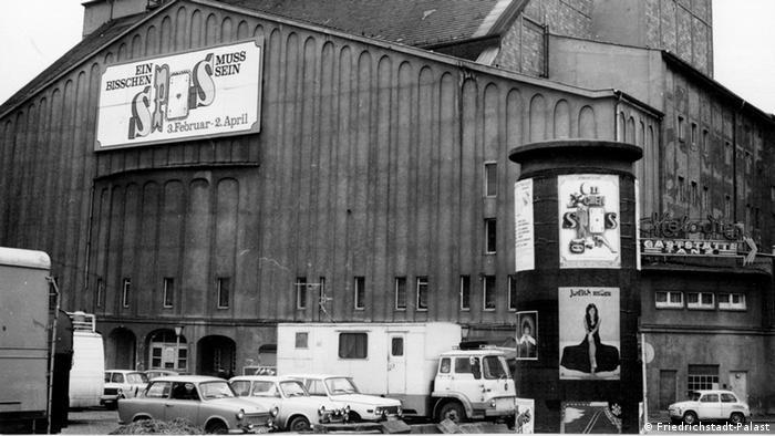Старое здание театра Фридрихштадтпаласт в 1960 году