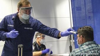 Verschärfung der Bestimmungen für Reisende aus Ebola-Ländern in den USA
