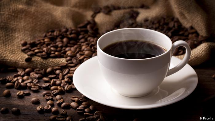 a cup of coffee (Fotolia)