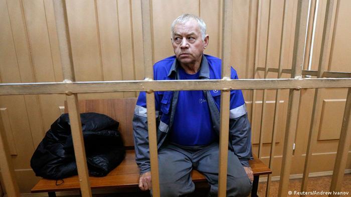 Водитель снегоуборочной машины Владимир Мартыненко на скамье подсудимых (фото из архива)