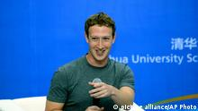 Facebook Mark Zuckerberg in China