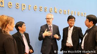 Visit to German Bundespressekonferenz in Berlin with interim press council from Myanmar (photo: DW Akademie/Nadine Wojcik).