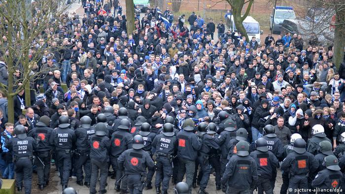 Polizeieinsätze: Werder bleibt auf Kosten sitzen