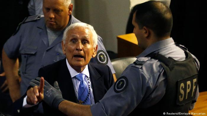 Argentinien Prozess Urteil La Cacha Miguel Etchecolatz 24.10.2014 (Reuters//Enrique Marcarian)