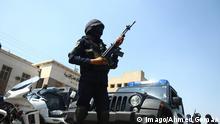 Ein ägyptischer Polizist in Kairo