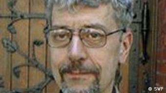 Uve Halbah, stručnjak za međunarodno pravo