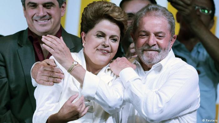Dilma vence eleição mais acirrada desde a redemocratização