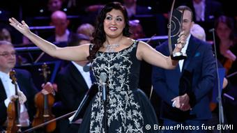 Anna Netrebko bei der Echo-Verleihung 2014 (Foto: BrauerPhotos fuer BVMI)