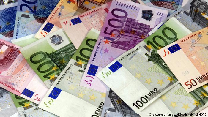 Евробанкноты разного достоинства