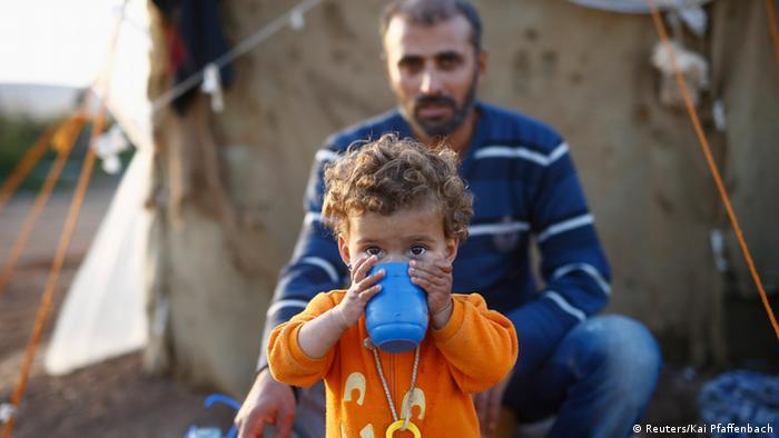 Syrische Flüchtlinge bei Suruc Türkei 25.10.2014 (Reuters/Kai Pfaffenbach)