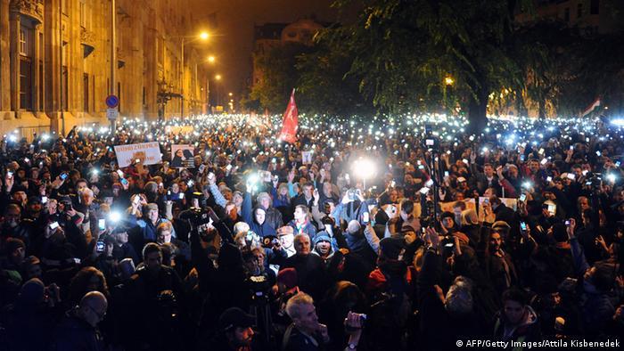 Proteste gegen Internet-Steuer in Ungarn 26.10.2014