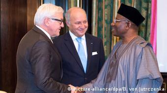 Nigeria Deutschland Frankreich Steinmeier und Fabius bei Goodluck Jonathan in Abuja