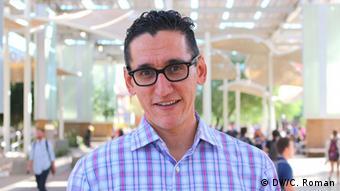 Professor Rodolfo Espino