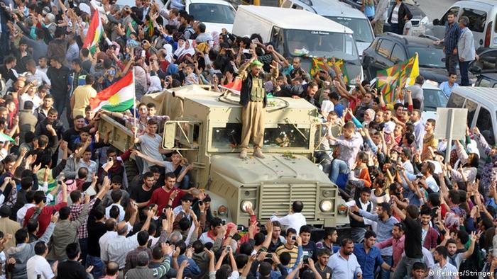 Llegan a Kobane los primeros combatientes peshmerga