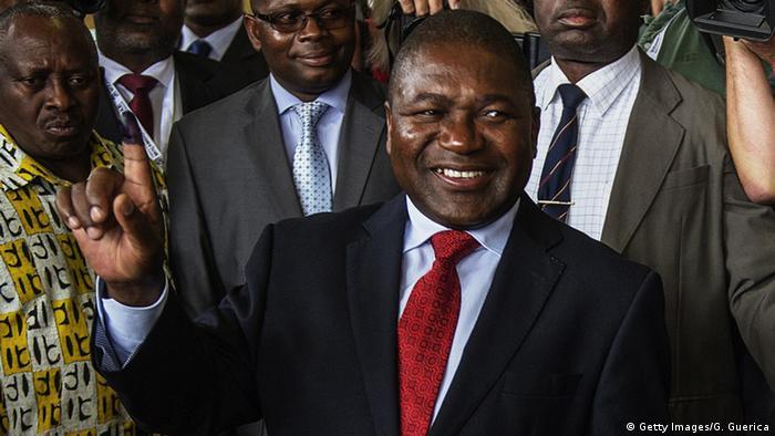 Eleito em outubro, Filipe Nyusi receberá governo após dois mandatos seguidos do antecessor Armando Guebuza