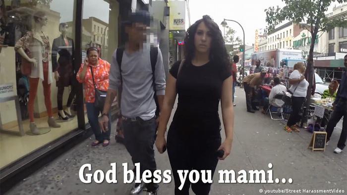 صحنهای از کلیپ پیادهروی ۱۰ ساعته یک زن در نیویورک
