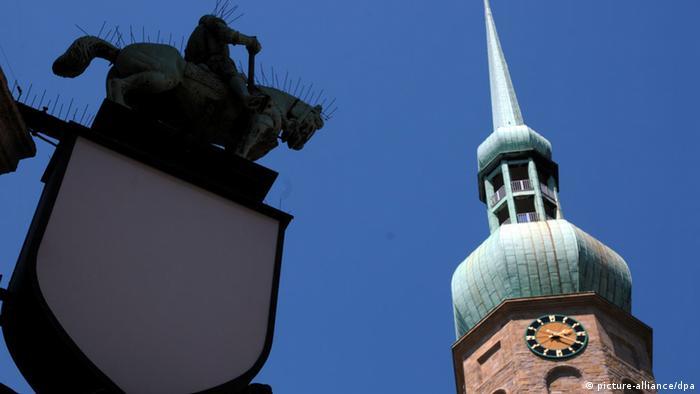 يمينيون متطرفون يحتلون كنيسة في مدينة دورتموند