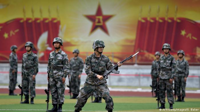 China Soldaten der Volksbefreiungsarmee Juli 2014