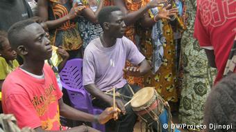Sensibilisierungskampagne gegen weibliche Genitalverstümmelung Guinea-Bissau