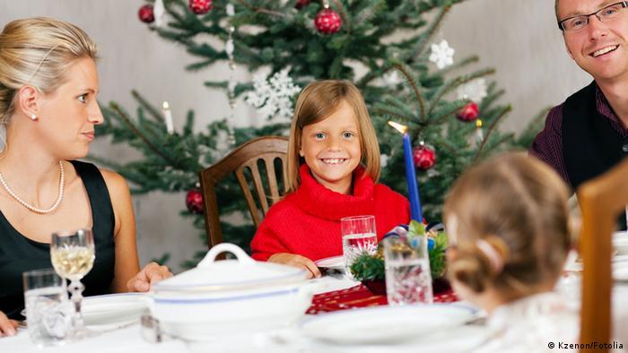 Symbolbild Weihnachtsessen