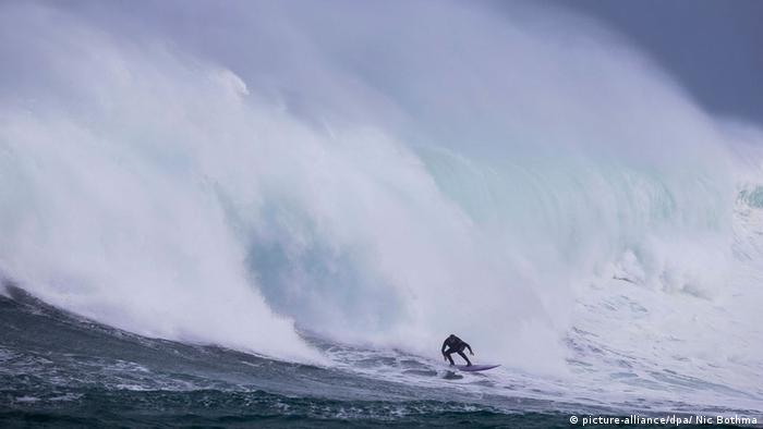 Bildergalerie Extreme Sportarten Big Wave Surfing