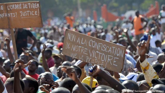 Proteste nach Militärputsch in Bukina Faso 02.11.2014