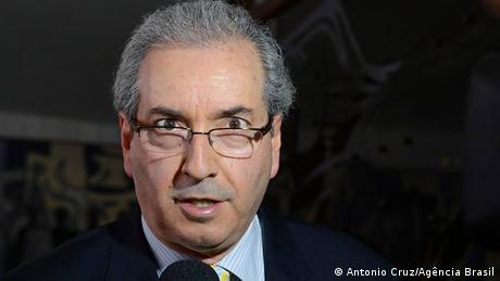 Manobra de Cunha na votação da maioridade penal feriu Constituição?