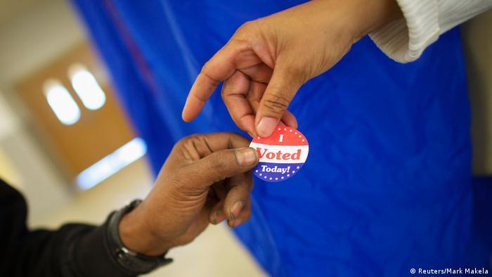 наклейка с надписью сегодня я проголосовал