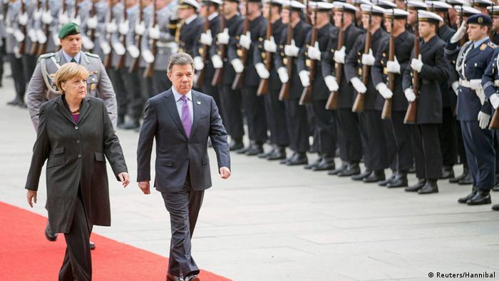 Angela Merkel und Juan Manuel Santos in Berlin 05.11.2014