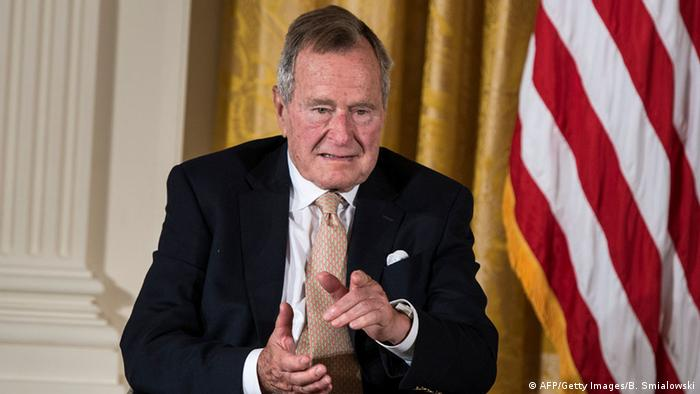 George H. W. Bush (AFP/Getty Images/B. Smialowski)