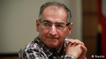 صادق زیباکلام: هیچ پیشرفت و نوآوری علمی در رابطه با مسئله هستهای نه تنها در ایران بلکه در هیچ کشوری وجود ندارد.