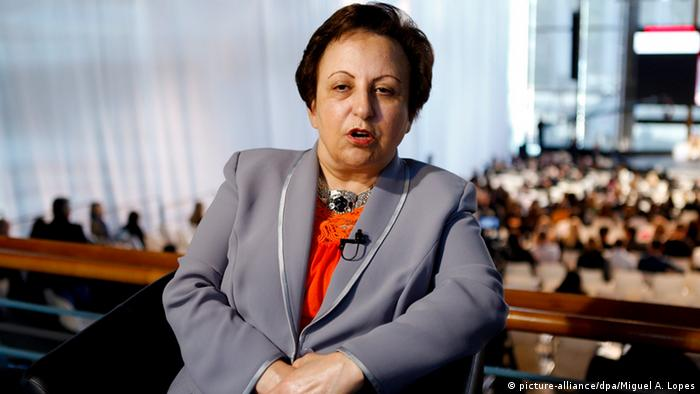 Shirin Ebadi, former Iranian judge, civil rights activist and Nobel Peace Prize laureate, during the third edition of Estoril Conference, in Estoril, Portugal, 30 April 2013 (Photo: EPA/MIGUEL A. LOPES)
