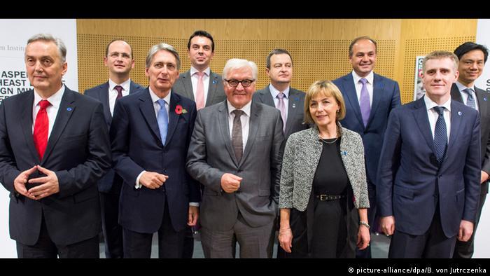 Njemačka vlada je prošle godine s čelnicima regije postavila temelje za gospodarske poticaje, ali ništa od toga, ako se oni ne ispune konkretnim sadržajem (sudionici Konferencije o Zapadnom Balkanu u studenom 2014.)